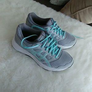 Asics Amplifoam women's running sneakers 6